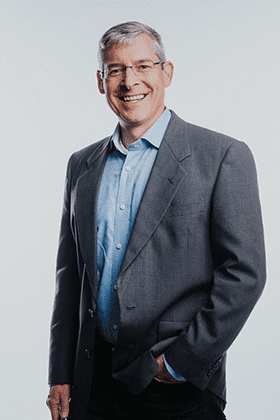 Doug Linebarger, Chief Legal Officer at Alkami headshot